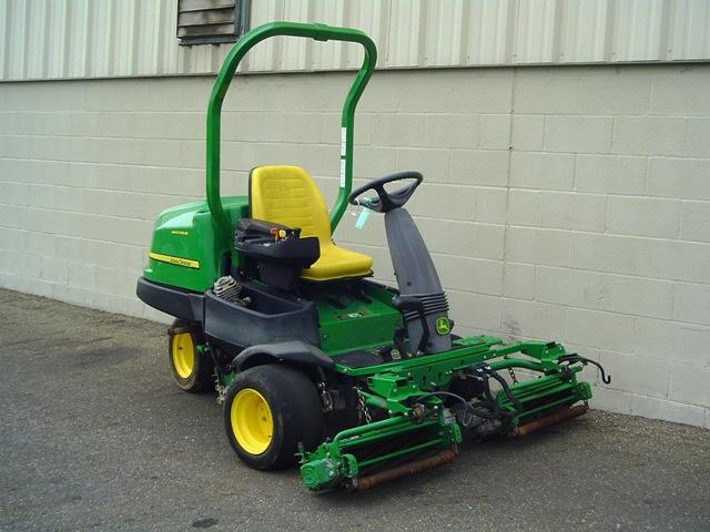 John Deere 2500e Professional Greens Mower Service
